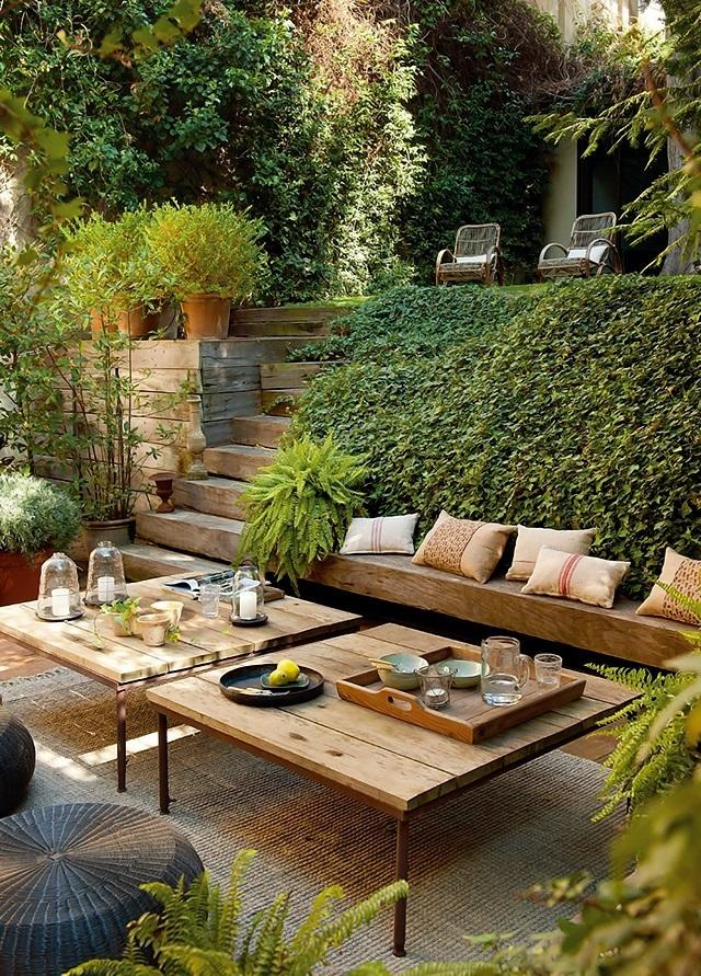 6 Best Decorative Elements for a Patio in your Garden