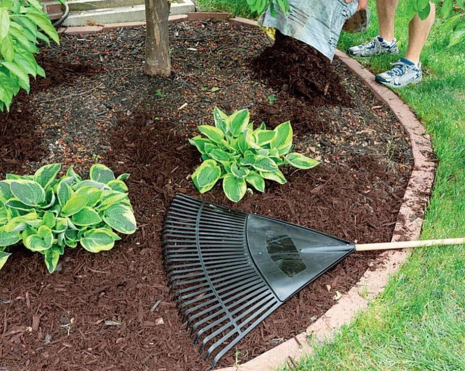 Cover and ... Decorate: Materials for Mulching