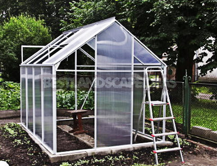 1 12 - Polycarbonate Greenhouses With Their Hands