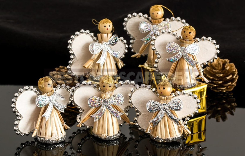 Christmas Angels: Ideas for the Needle