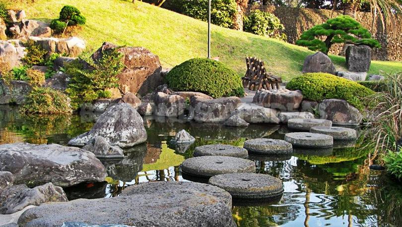 """1 - Bonsai Park """"Spirited Garden"""" in South Korea"""