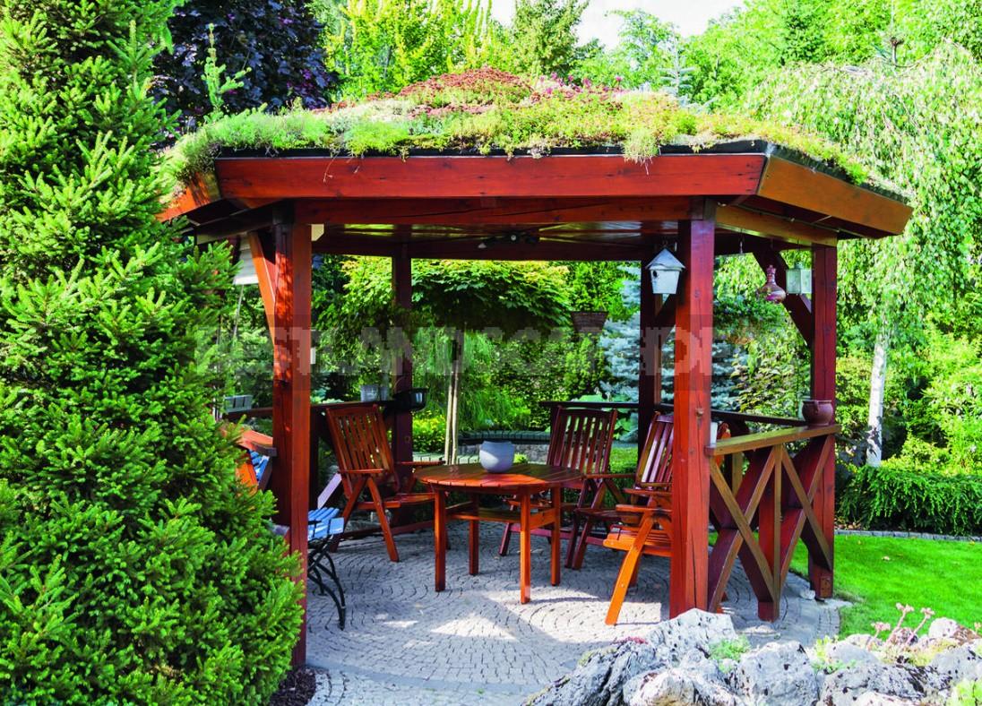 Small Architectural Forms In Garden Design