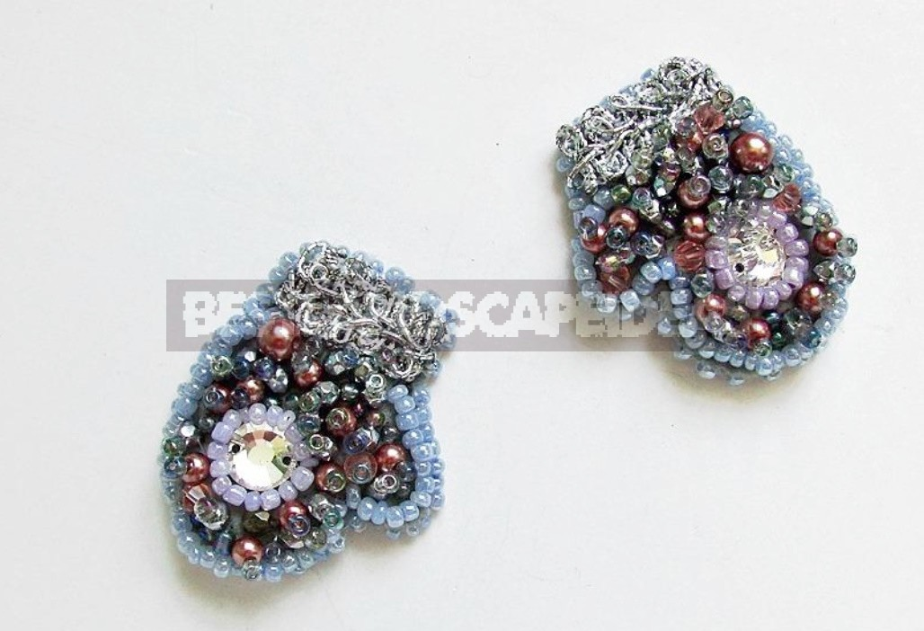 "Brooch ""Mittens"" Made Of Felt And Beads"