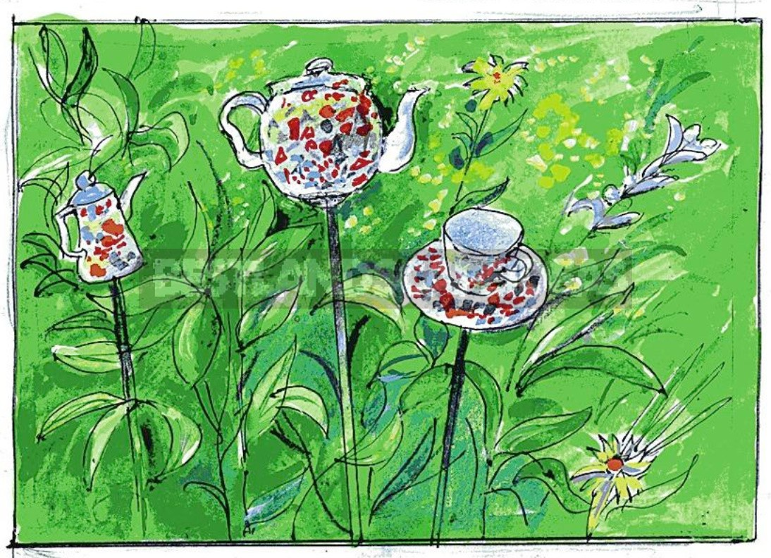 Decoration For a Flower Garden With Your Own Hands: Tea Set