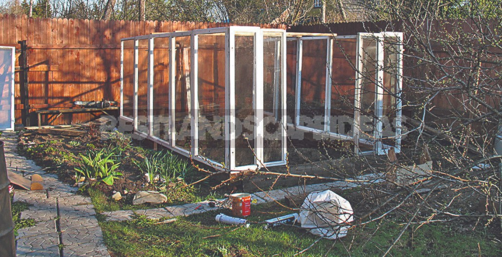 How To Make a Greenhouse From Improvised Materials