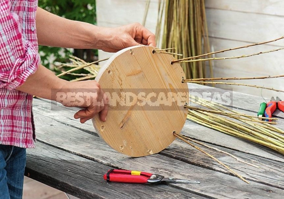 Weaving From Twigs: Garden Planters And An Obelisk With Your Own Hands